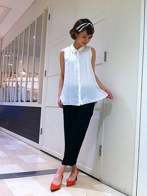 Japanese fashion trend in 2018 white color example 2